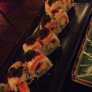uramaki salmon gamba