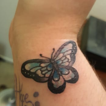Urban art ii tattoo studio 136 photos tattoo 443 w for Main st tattoo