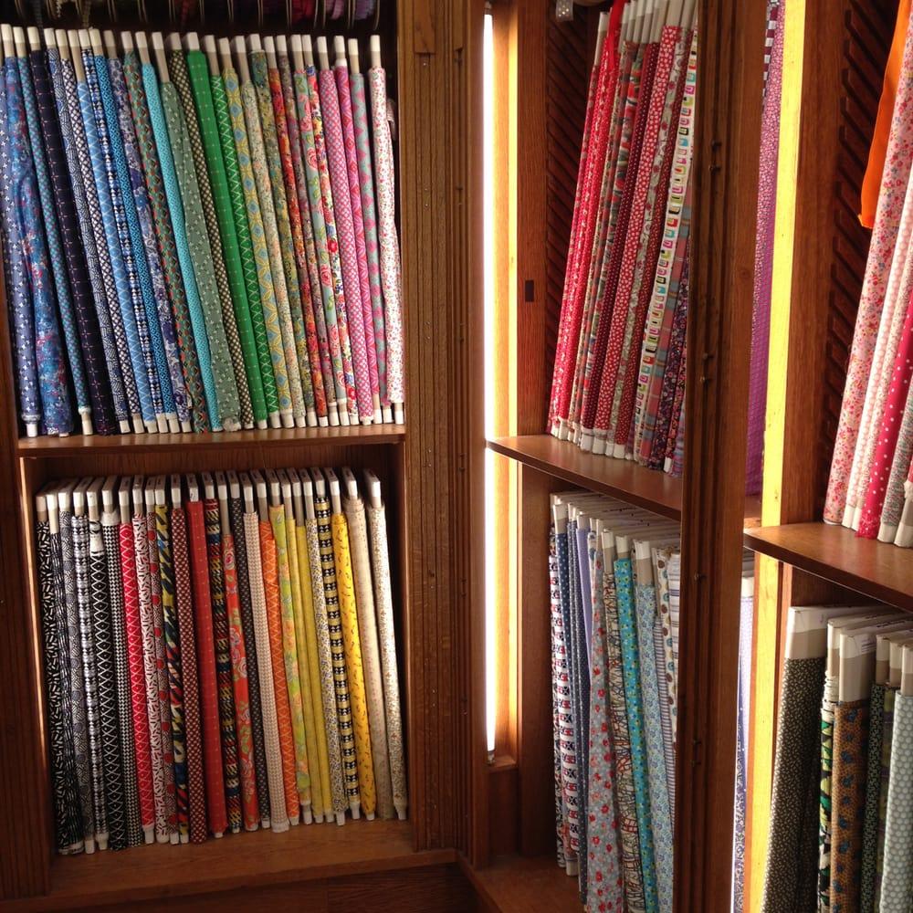 La marchande de couleurs 11 photos knitting shops - La marchande de couleur ...