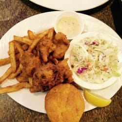 Gulf shores restaurant and grill cajun creole for Fish river grill gulf shores