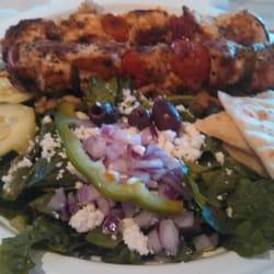 Zoës Kitchen - Chicken kabob entree - Dallas, TX, Vereinigte Staaten