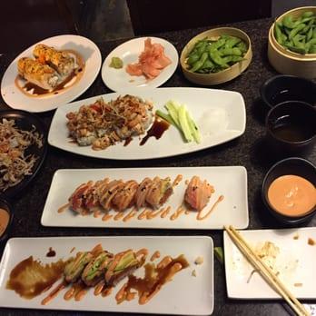Blue fish 398 photos sushi glendale montrose ca for Blue fish sushi menu