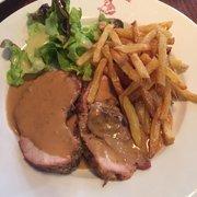 Bistrot De L'Etoile - Toulouse, France. Porc sauce foie gras / frites maisons