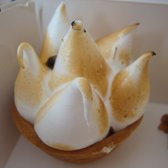 passion fruit meringue tart