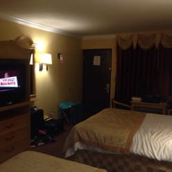 Americas Best Value Inn - Room for a table! - Fort Myers, FL, Vereinigte Staaten