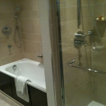 Separate Bath/Shower