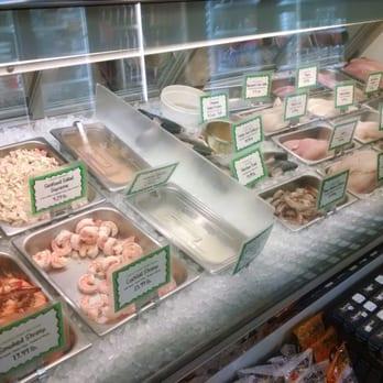 Hagen s fish market seafood markets portage park for Hagen s fish market
