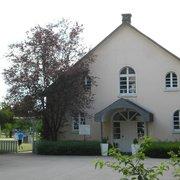 Sportbereich - Tennisplatz und…