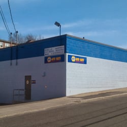 NAPA Auto Parts - Boston, MA, États-Unis