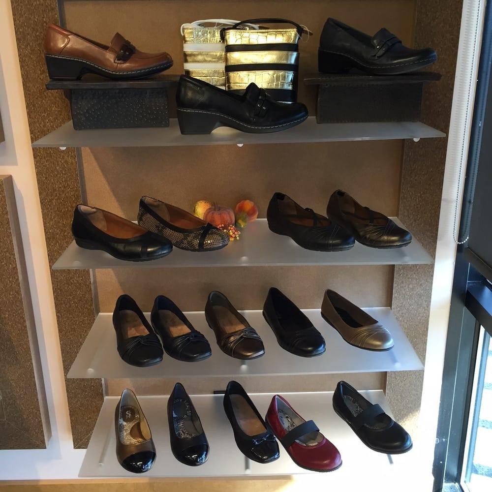jays-wide-shoes-slider2