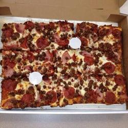 Jet's Pizza - Extra Large Pepperoni - Johns Creek, GA, Vereinigte Staaten