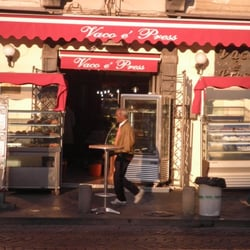 Vaco e Presse, Napoli