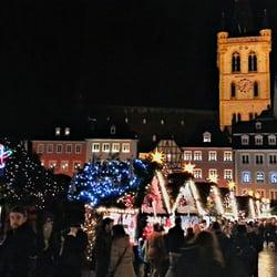 Weihnachtsbuden auf dem Hauptmarkt