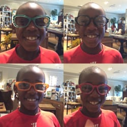Platypus - Chester Township, NJ, États-Unis. Our buddy Jared stopped in, had fun modeling Peepers for us!  Tell your mom to call us..she left some of her purchases behind!