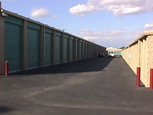 Short article about dollar self storage