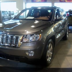 Parkway chrysler dodge jeep ram clinton township mi for Parkway motors clinton township