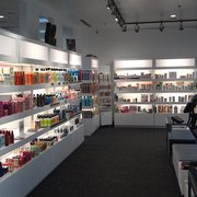 Progressions Salon Spa Store - Rockville, MD, États-Unis. We sell hair, nail, and skin care beauty products.  We also sell unique gifts from all over the world.  301.231.8757