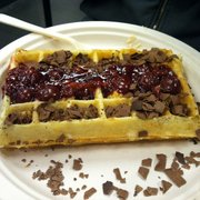 BYR of Belgium - Brussels waffle with chocolate shavings, cherry sauce, and banana something - Campbell, CA, Vereinigte Staaten