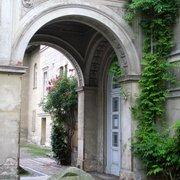Eingang der Villa Liegnitz von der…