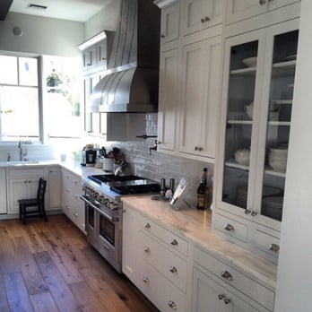 Canyon creek cabinet company 21 photos cabinetry for Canyon creek kitchen cabinets
