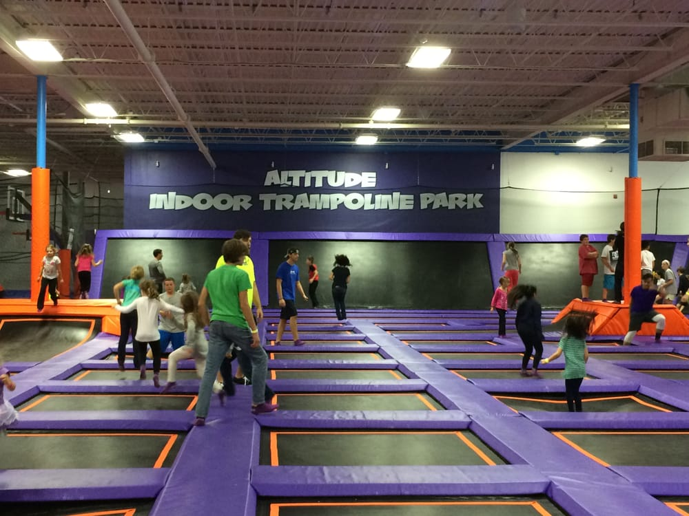 Billerica (MA) United States  city photos gallery : Altitude Trampoline Park Billerica, MA, United States