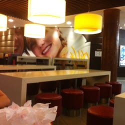 McDonalds Restaurant, Wuppertal, Nordrhein-Westfalen, Germany