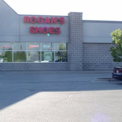 Green Bay West Store Location - Green Bay Wi | Rogan's Shoes