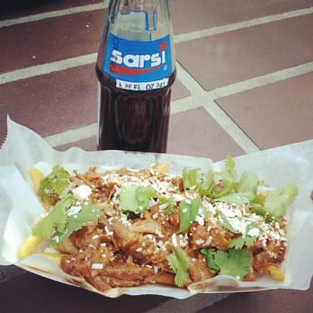 Discussion Truck - Oxtail fries and Sarsi! - Los Angeles, CA, Vereinigte Staaten