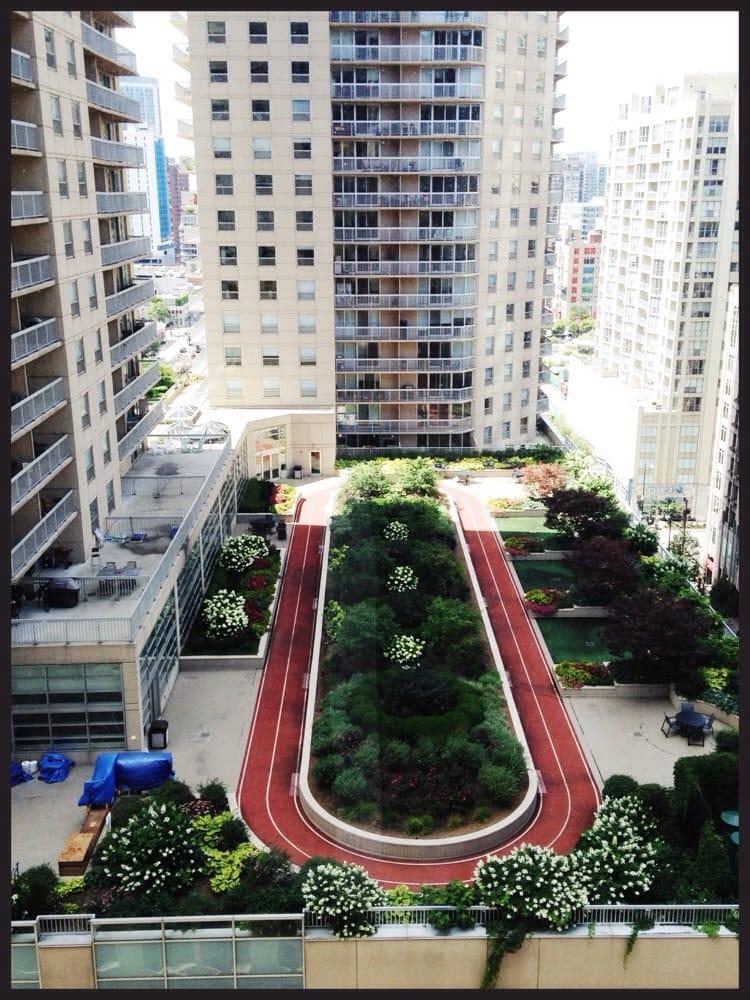 hilton garden inn chicago downtown magnificent mile 29. Black Bedroom Furniture Sets. Home Design Ideas
