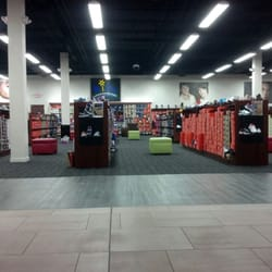 The Shoe Dept - Shoe Stores - 342 Southpark Cir - Colonial Heights