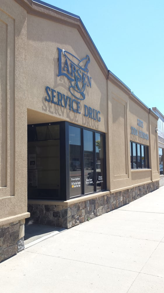 Larsen service drug drugstores watford city nd for Q kitchen watford city