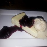 Cheesecake with berries and a side of haagan daaz macadamian ice cream... perfection!