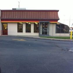 Fast Food Near  Rochester Rd Troy