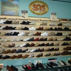 Travel Bug: SAS Shoe Factory Tour - Tuesday, March 3, 2015