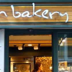 In bakery by divan pastaneler i li stanbul for Divan patisserie