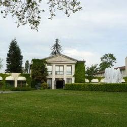 Relais de Margaux is a 100-room golf…