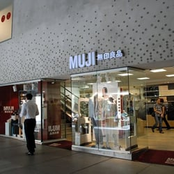muji magasin de meuble altstadt munich bayern. Black Bedroom Furniture Sets. Home Design Ideas