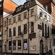 Seven Oaks, Manchester