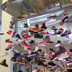 Shoe Palace - Inside shoe display - Las Vegas, NV, United States