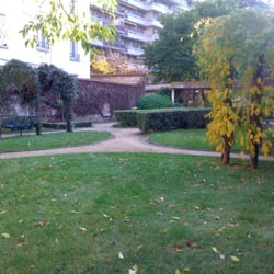 Square d'Alleray - Labrouste-Saint-Amand, Paris, France