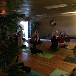 Healthy living organic wellness center day spas 15845 for Living room yoga sessions