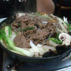 Barbecue de boeuf et légumes