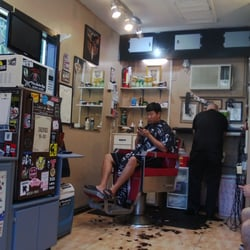 Barber Shop Orlando : Liberty Barber Shop - Orlando, FL, United States. Interior shot 2