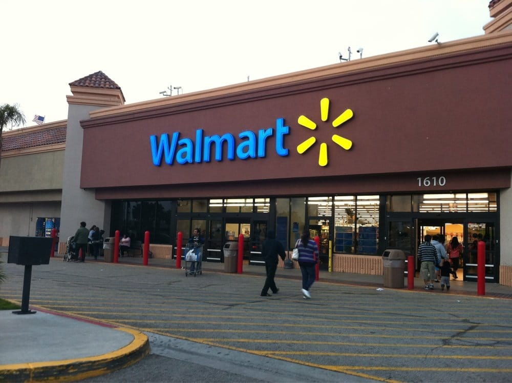 Rialto (CA) United States  city photos gallery : Walmart Rialto, CA, United States. Rialto,Ca