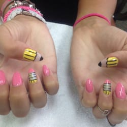 Encore Nails And Spa logo