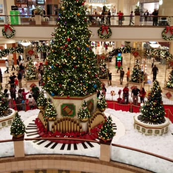 Four Seasons Town Centre Shopping Centres Greensboro