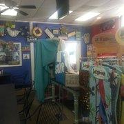 Parcell's Deli  Grille  Bakery - Benton, KY, États-Unis. Part of store
