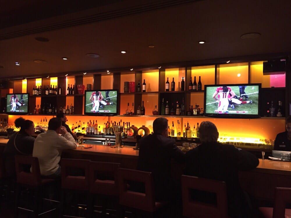 Restaurants Near  Pennsylvania Ave Nw