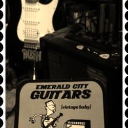 Emerald City Guitars logo
