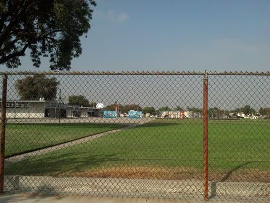 Norwalk (CA) United States  city images : ... Elementary School Norwalk, CA, United States. The playground